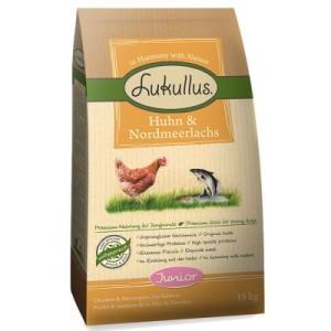 Sparpaket Lukullus 2 x 15 kg - gemischt: Adult Charolais-Rind & Forelle und Adult Huhn & Nordmeerlachs